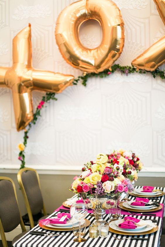 dekoracija stola baloni vjenčanje